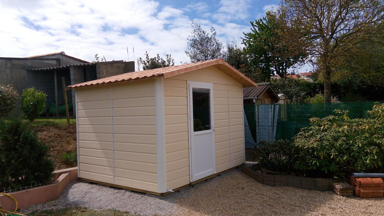 Autour du bois concept fabricant constructeur maison bois en vend e ossature bois abri de for Construction maison en bois vendee